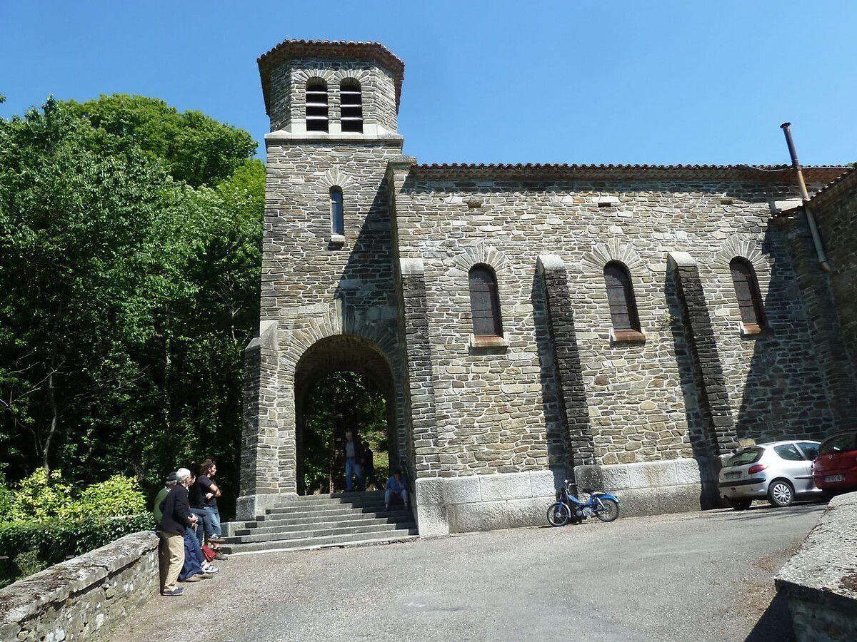 L'église Notre Dame de la Nativité à Lespinassière
