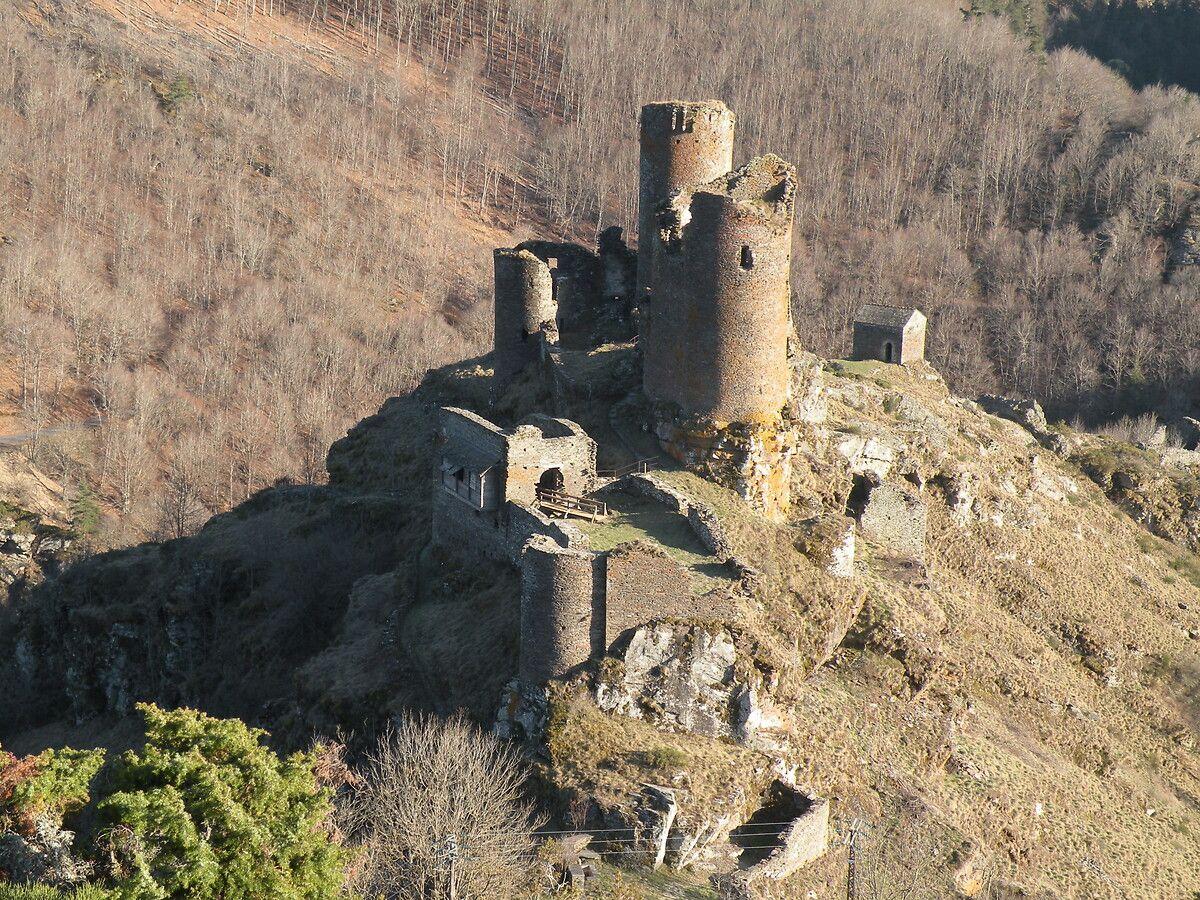 Le château du Tournel à Saint-Julien du Tournel