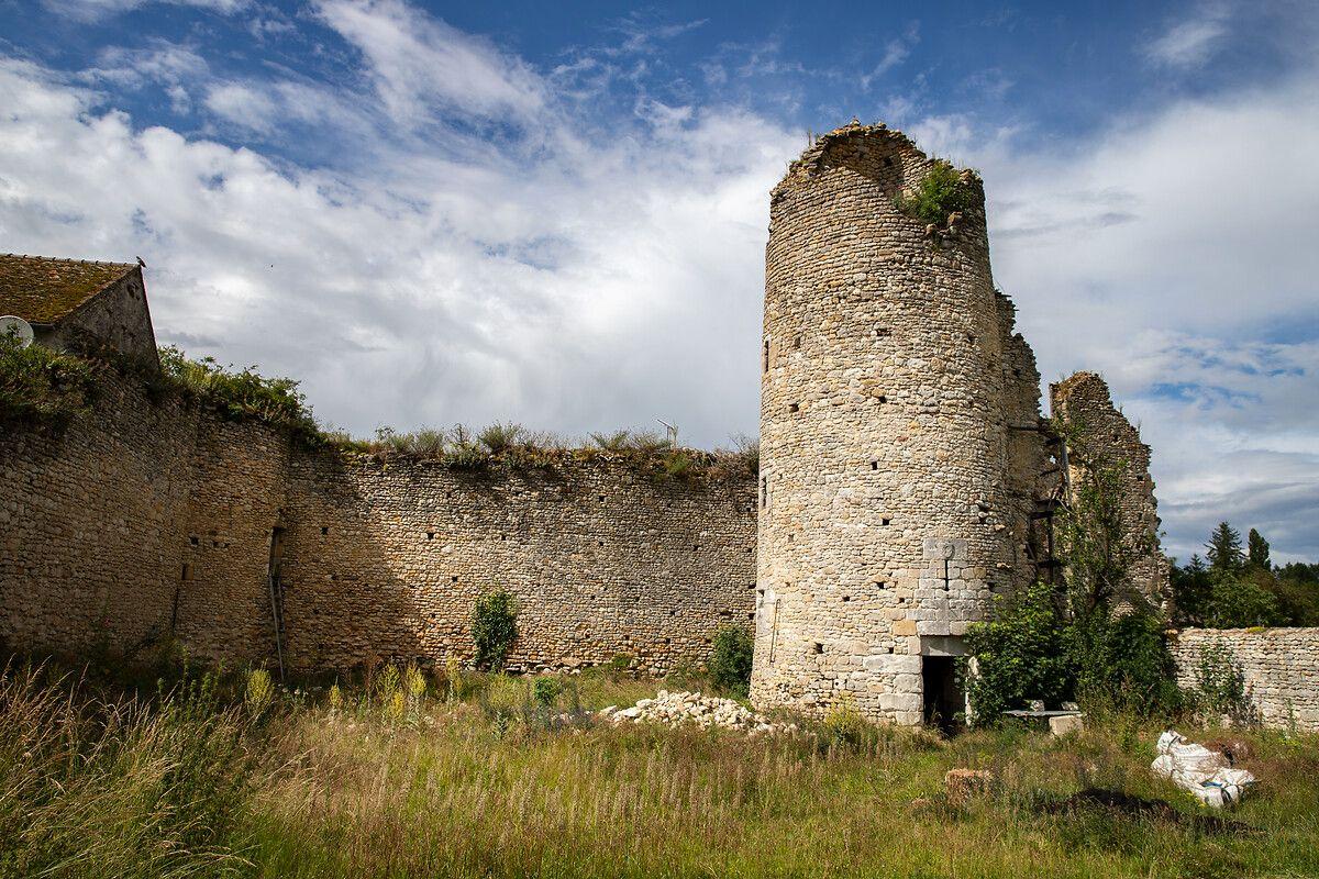 Château des Deux Tours du Théâtre des Minuits : projet de restauration