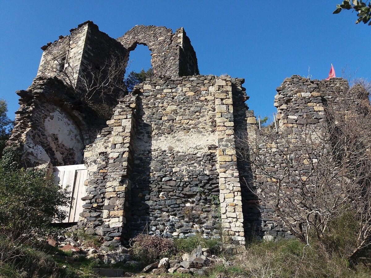 Le château de Lauzières