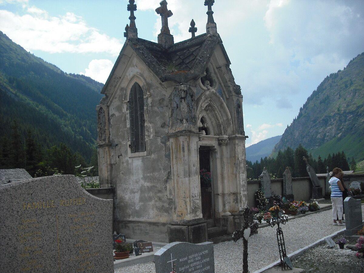 Monument Funéraire du cimetière de Champagny-en-Vanoise