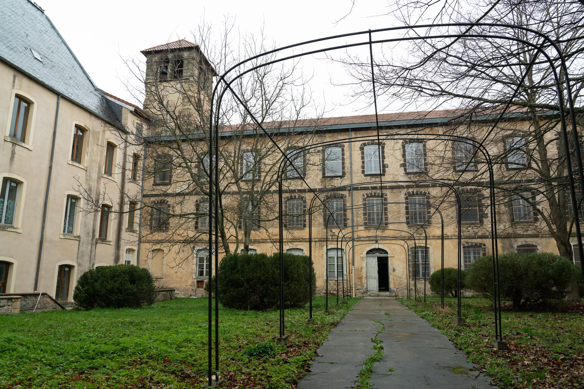 Restauration d'un ancien collège de Jésuites à Billom dans le Puy-de-Dôme