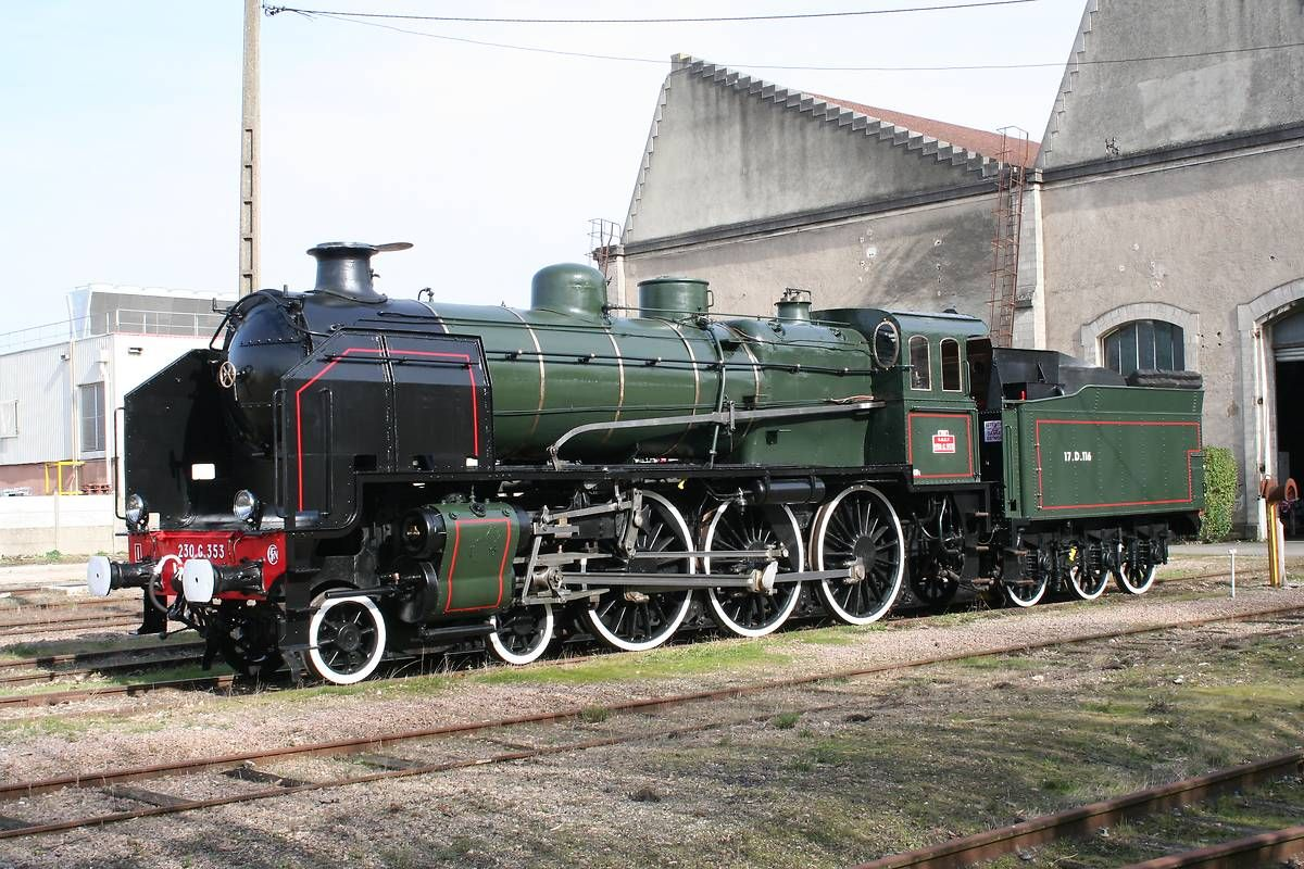 Locomotive 230G353 de l'APPMF
