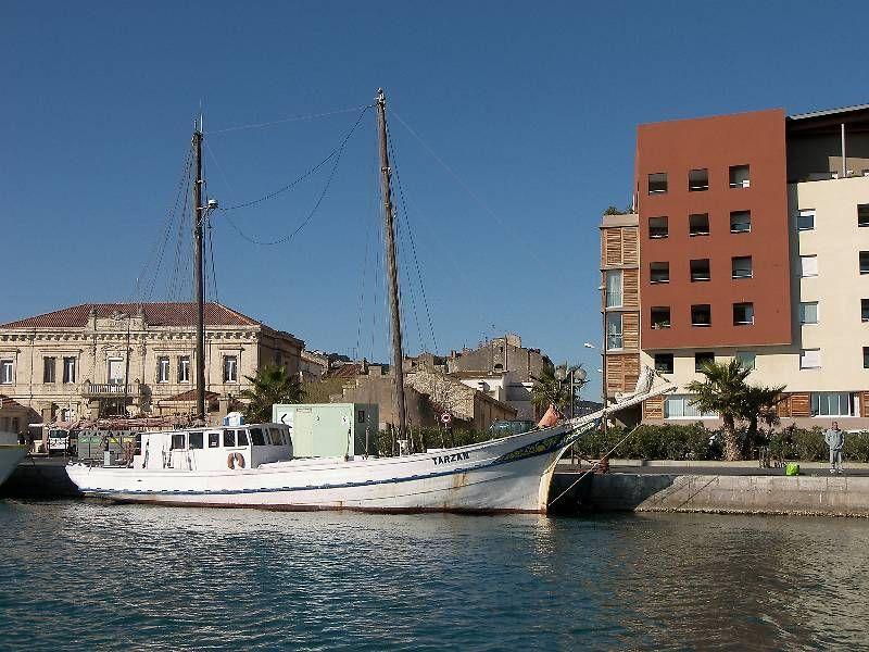 Le bateau-école MH Tarzan à Sète