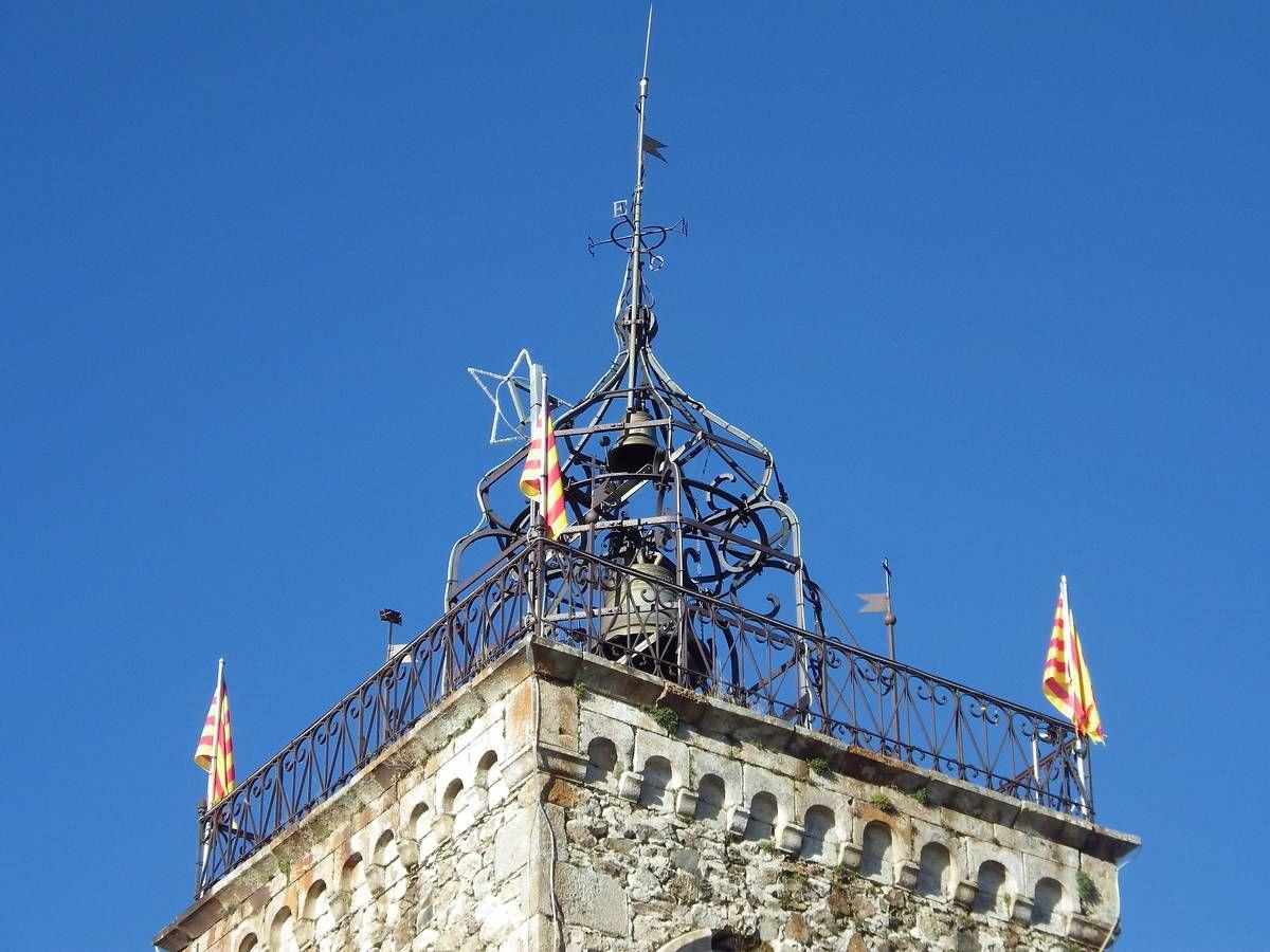 Le clocher de l'église Saint-Michel des Angles