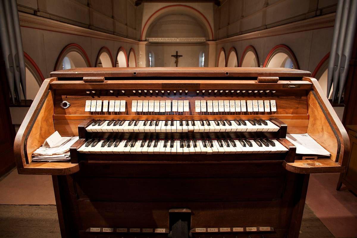 Orgue de l'église Saint-Baudille à Ampuis
