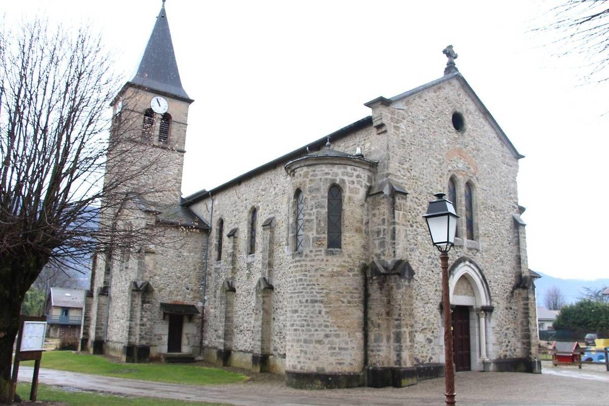 EGLISE SAINT JEAN-BAPTISTE À LA BUISSIERE