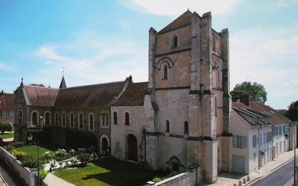 tour romane de l'abbaye de jouarre