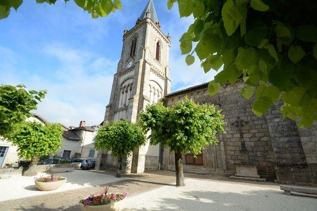Église Saint-Pierre-ès-Liens à Verneuil-sur-Vienne