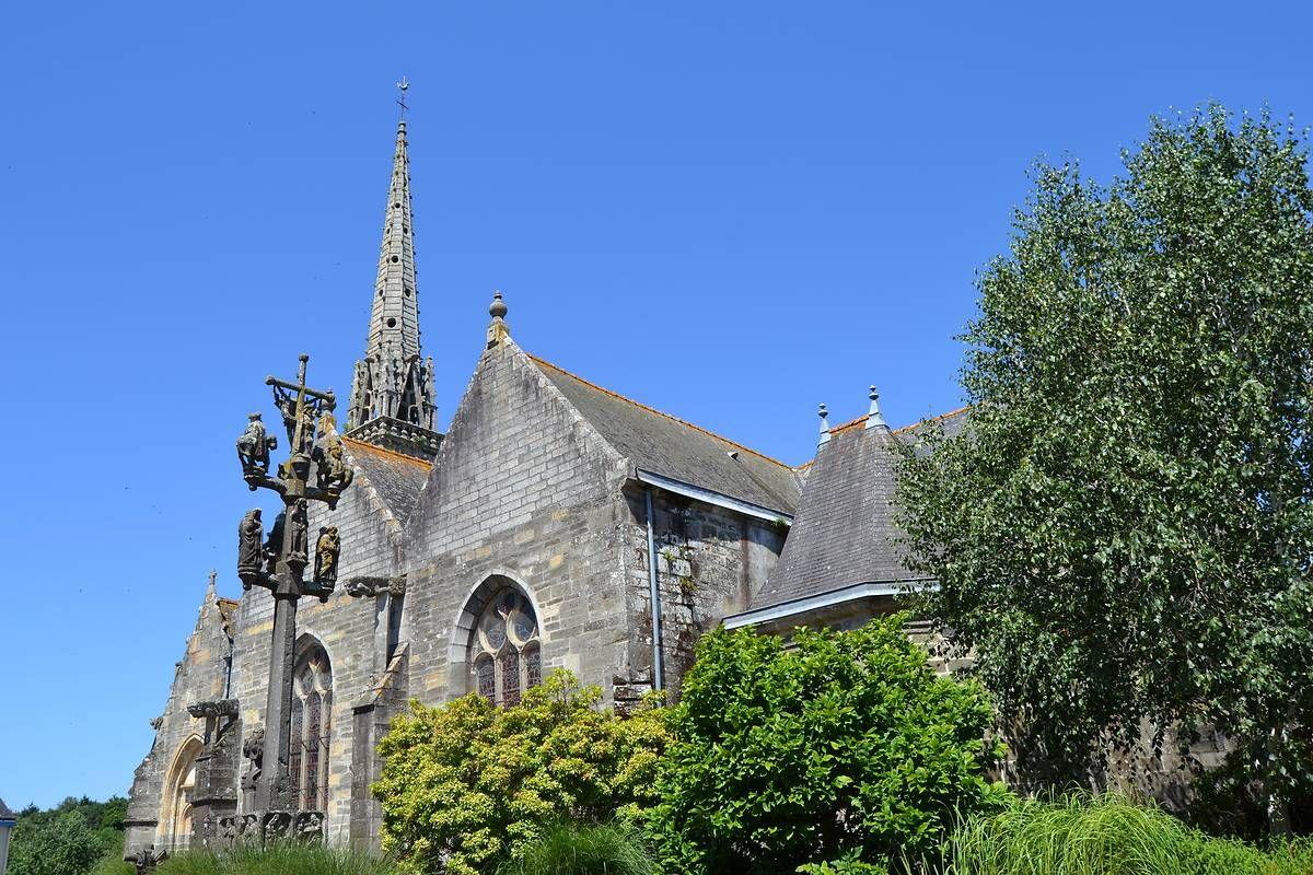 Eglise Saint-Pérec à Lopérec