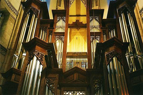 orgue de l'église de lourdes