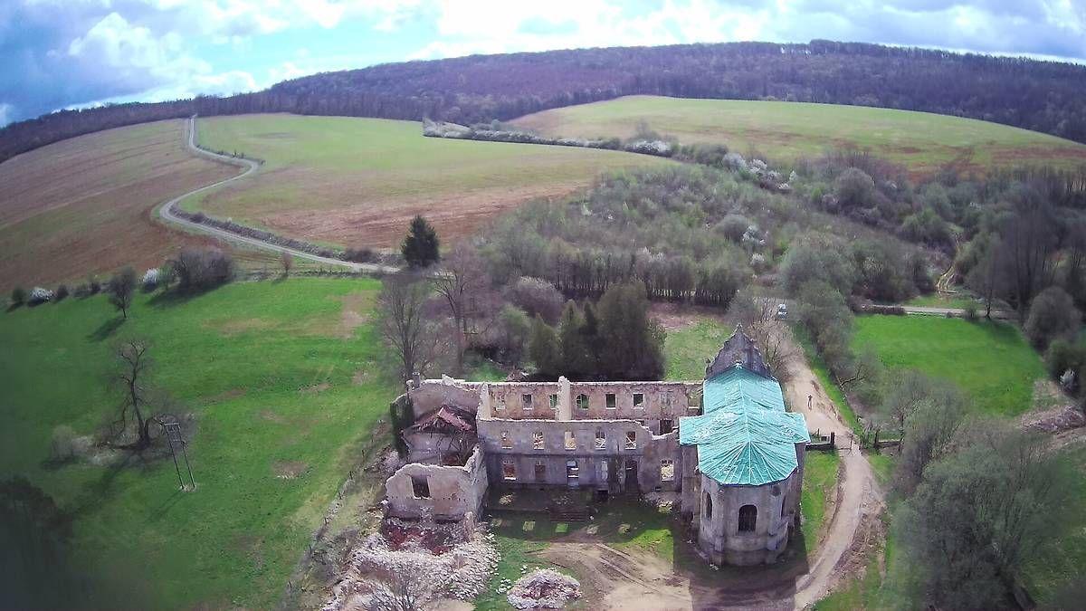 Abbaye Notre-Dame de l'Etanche en Meuse