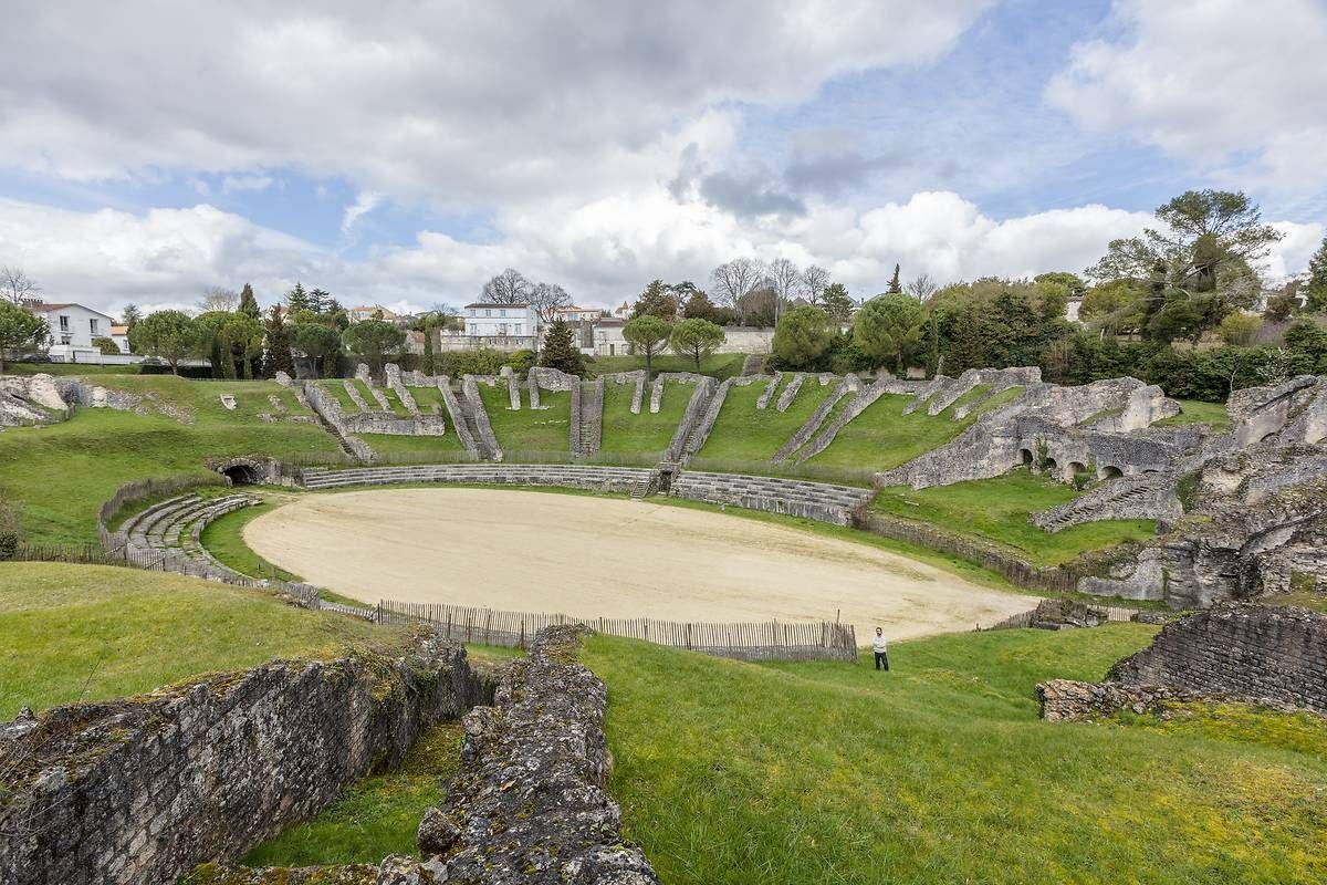 Amphithéâtre antique de Saintes