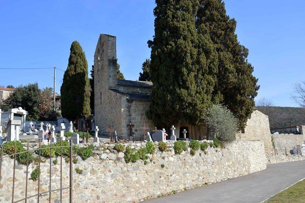 La chapelle Saint-Vincent d'En Bas à Eus