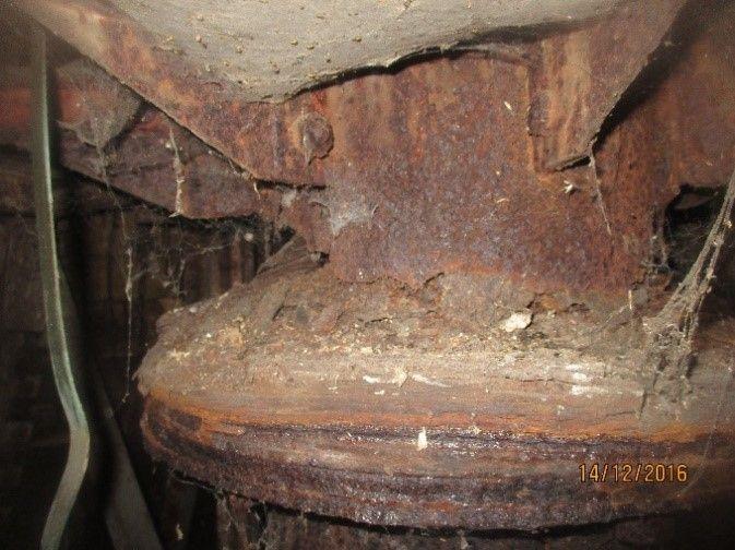 Charpente métallique de l'église St Michel de Valenciennes - détail