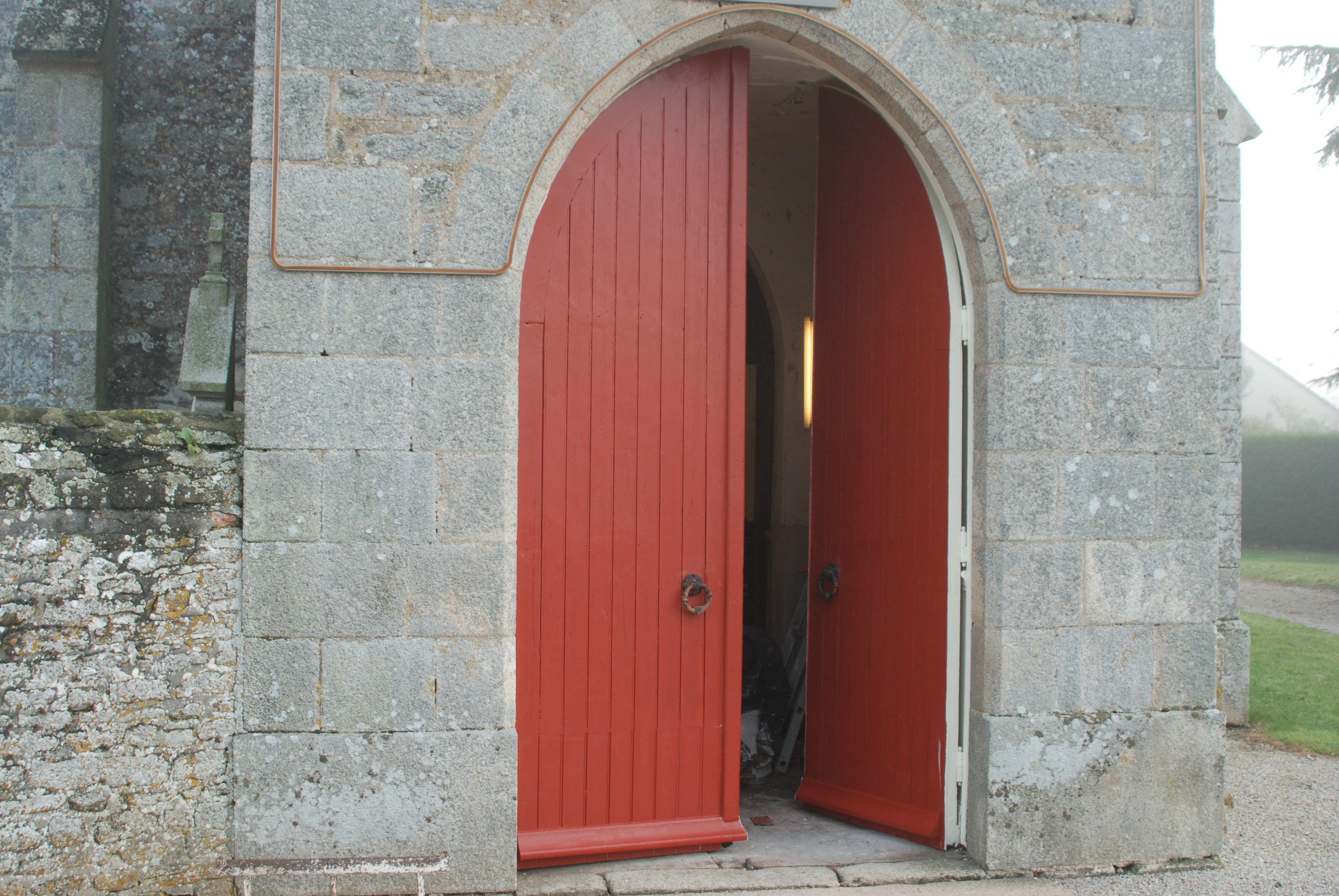L'église Saint-Cyr de Lonrai