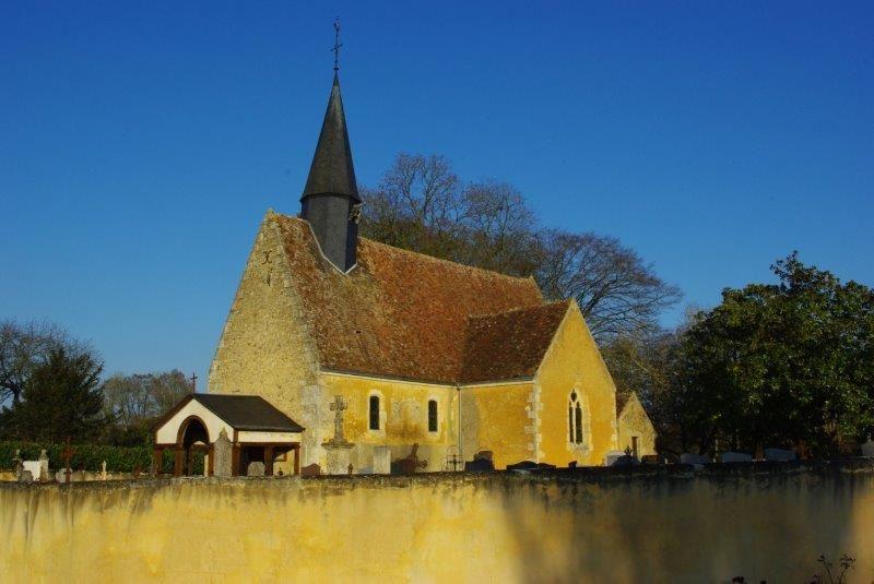 L'église de la-Nativité-de-Notre-Dame de Pouvrai