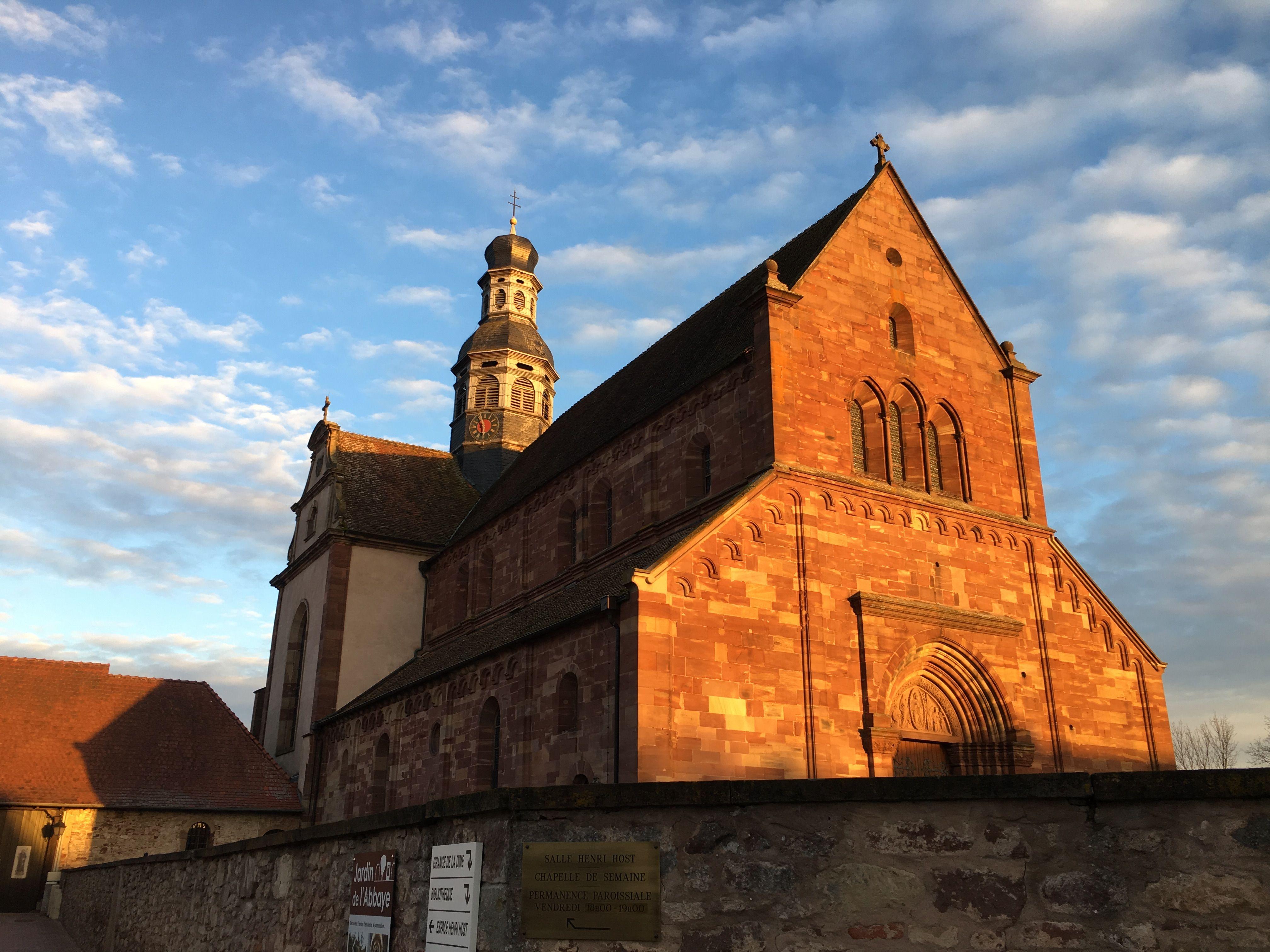 Église Saint Cyriaque et puits d'Altorf