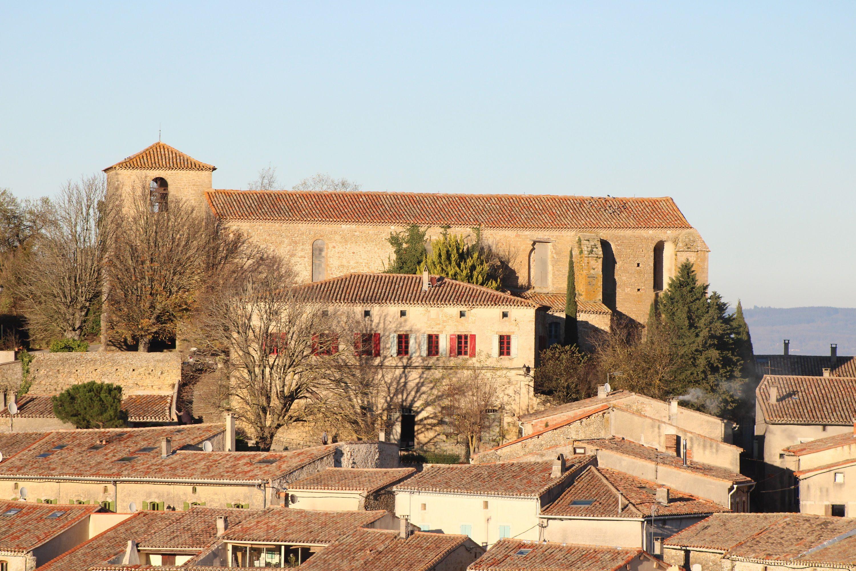 L'église Saint-Laurent à Laurac