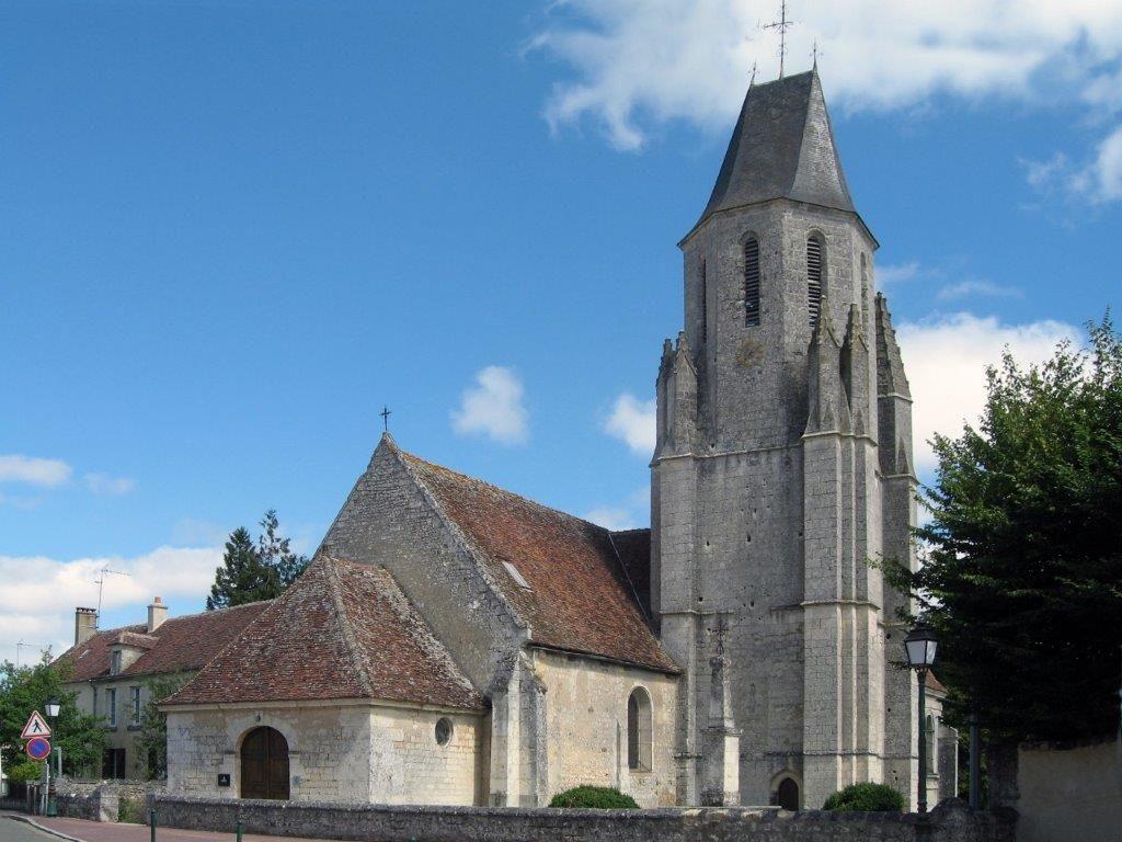 L'église Saint-Pierre de Mauves-sur-Huisne