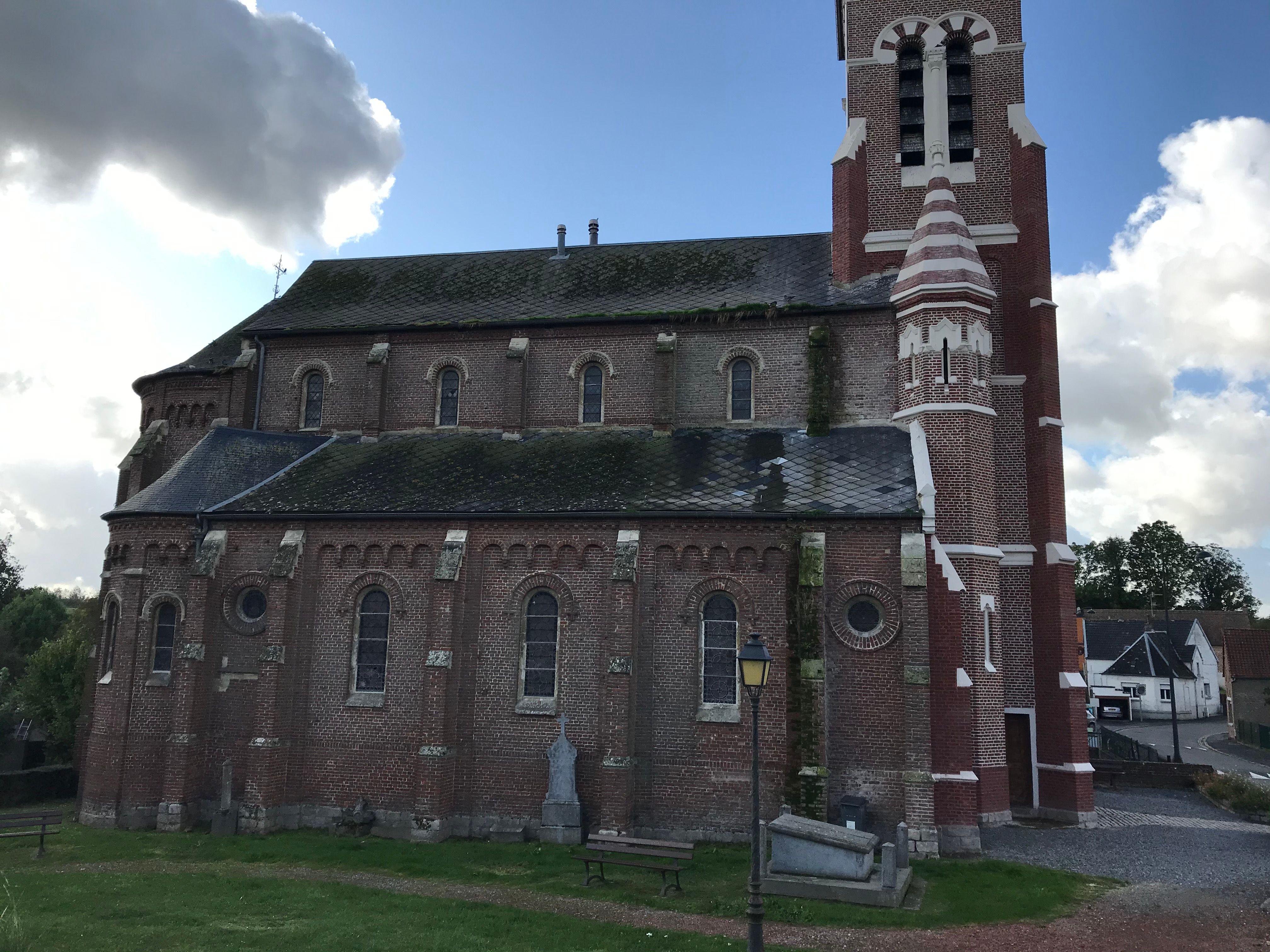 Eglise Saint-Jean-Baptiste de Ghissignies dans le Nord