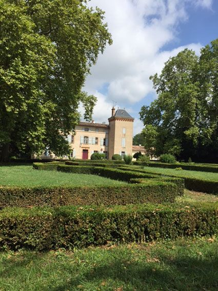 Château de Lagarde à Barry d'Islemade