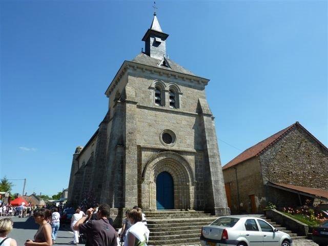 Église Saint-Pierre de Roches