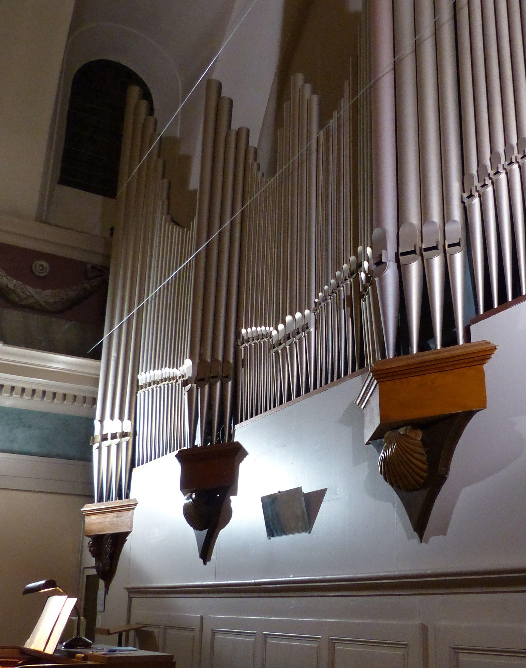 Orgue de l'église Saint-Jean-Baptiste de Taninges en Haute-Savoie