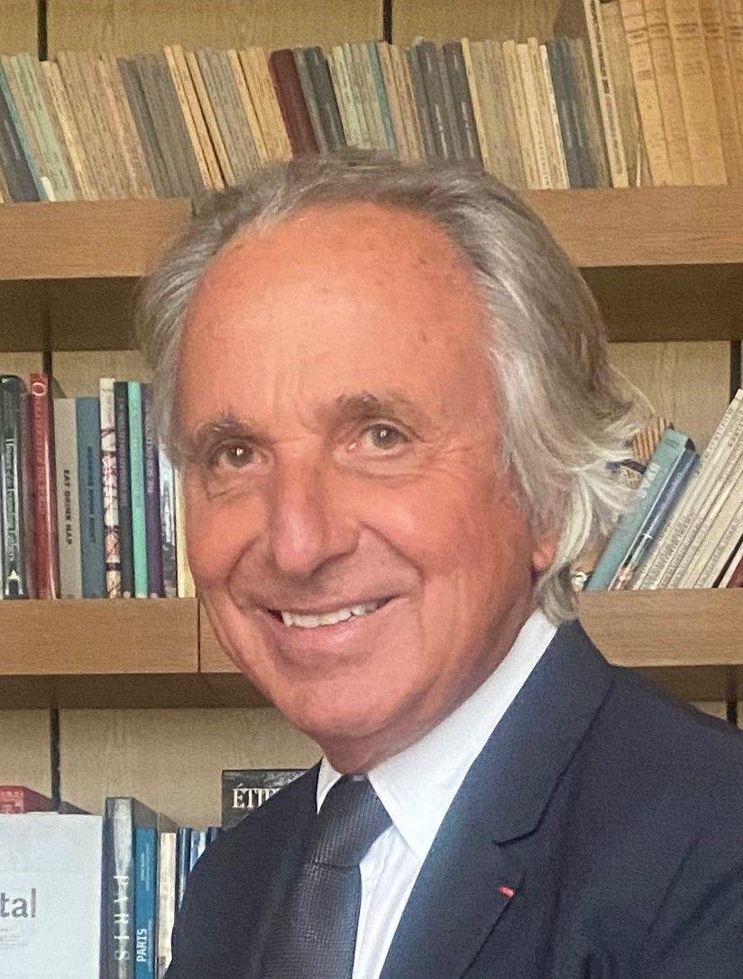 avatar-Alain-Charles Perrot