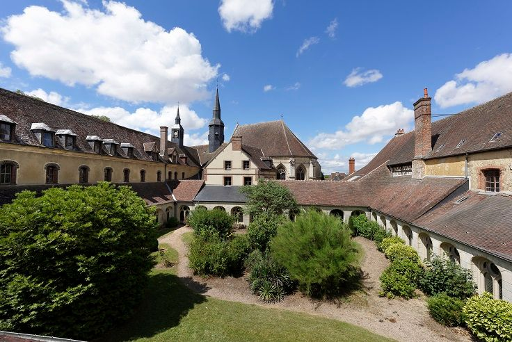L'abbaye Saint-Nicolas de Verneuil-sur-Avre