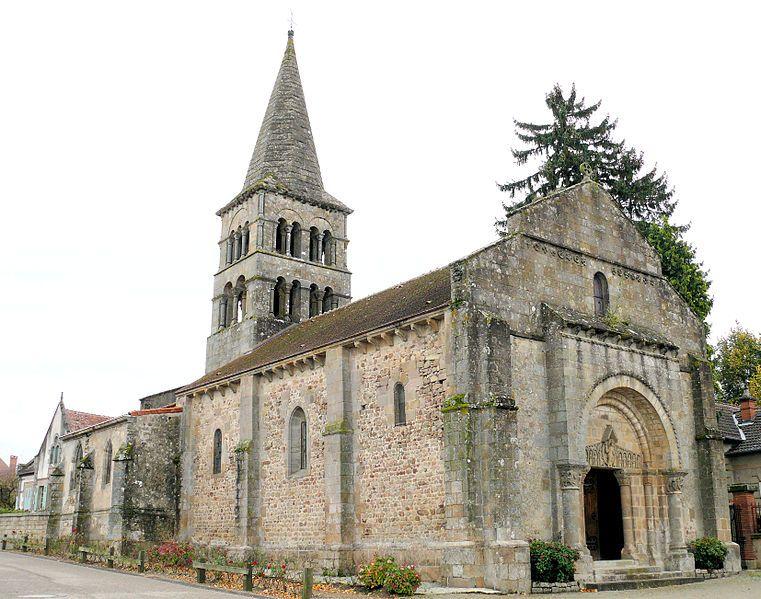 Eglise Saint-Julien de Meillers dans l'Allier