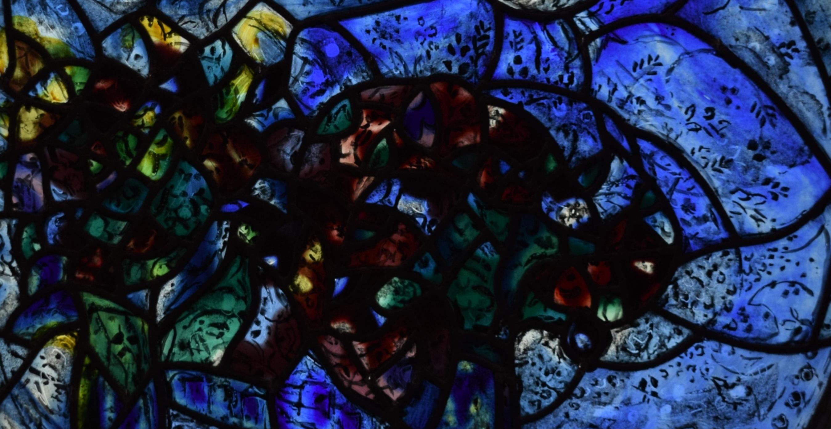 Vitraux Chagall de La Chapelle Du Saillant