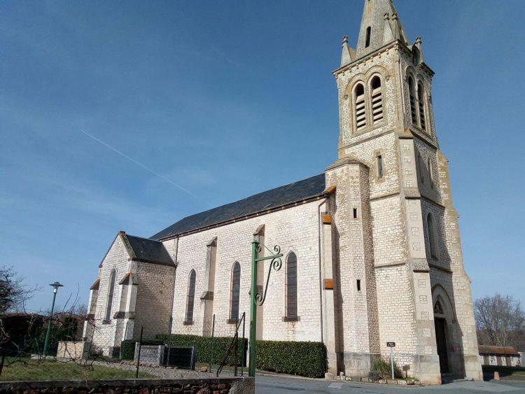 Eglise de Saint-Quintin-sur-Sioule dans le Puy-de-Dôme