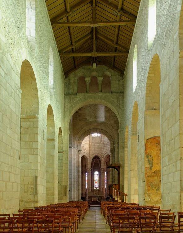 Intérieur de l'église d'Ebreuil