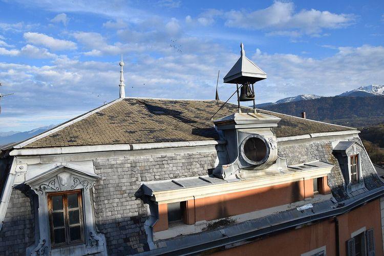 Horloge de l'hôtel Nicolle de la Place et Portrait de Pillet Will à Montmélian