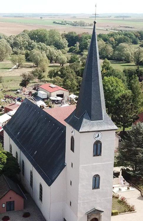 Chaire à prêcher et maitre-autel de Rimling en Moselle