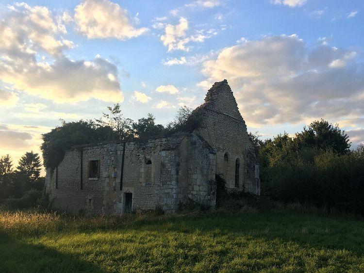 Chapelle Templière de Francheville à Brécy