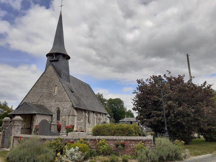 L'église Saint-Pierre d'Epreville-en-Lieuvin