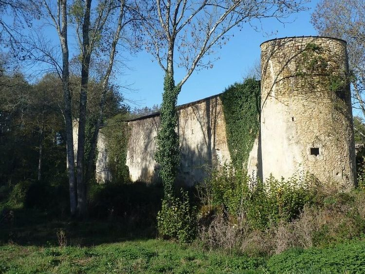Château de Bernessard à Gemozac