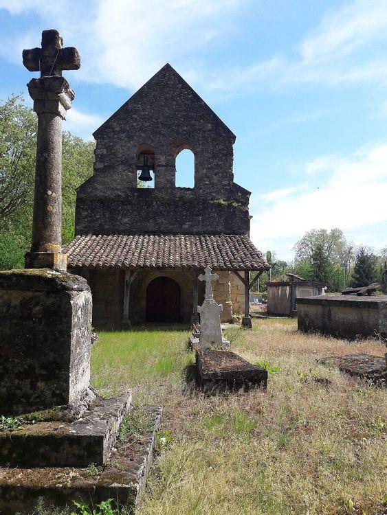Vue cimetière - église Saint-Barthélemy de Tersac