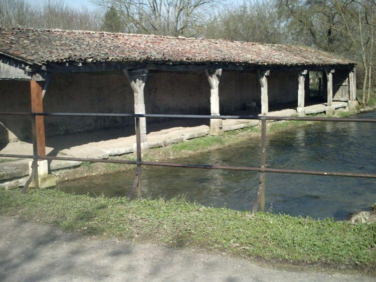 Lavoir de Pierrefitte-sur-Aire en Meuse