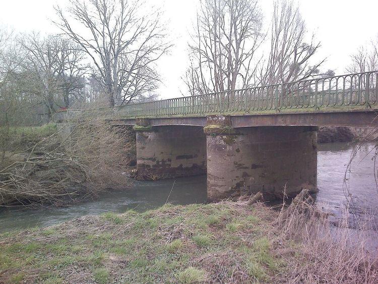 Pont sur la Saône de Lironcourt dans les Vosges