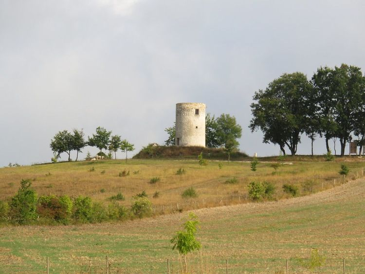 Moulin vue de loin
