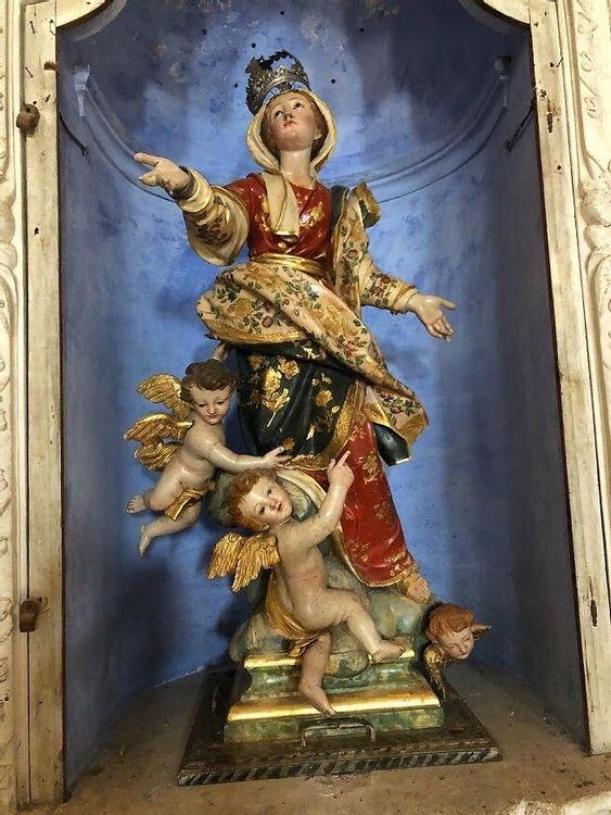 Restauration d'une statue de la Vierge en Haute-Corse
