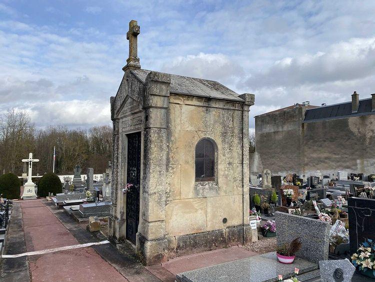 Chapelle Forterre et sépulture Monnier à Jarville-la-Malgrange en Meurthe-et-Moselle