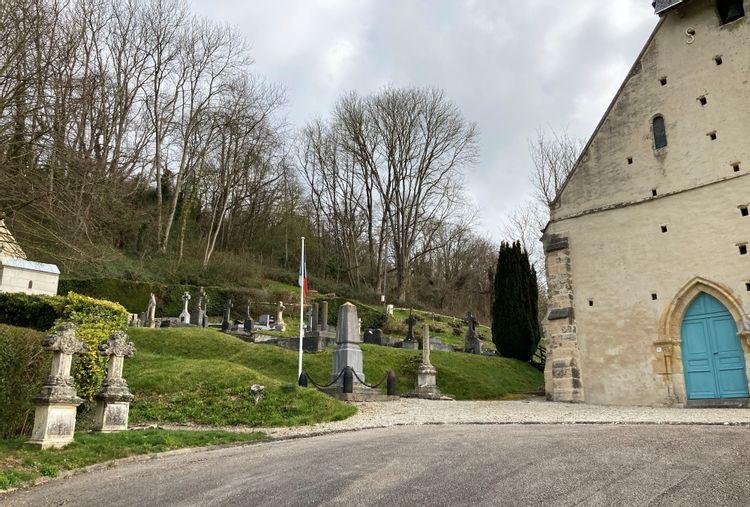 Croix de l'église Notre-Dame de Grangues