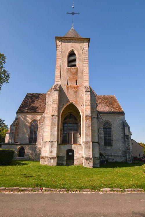Clocher de l'église Sainte-Osmanne de Féricy