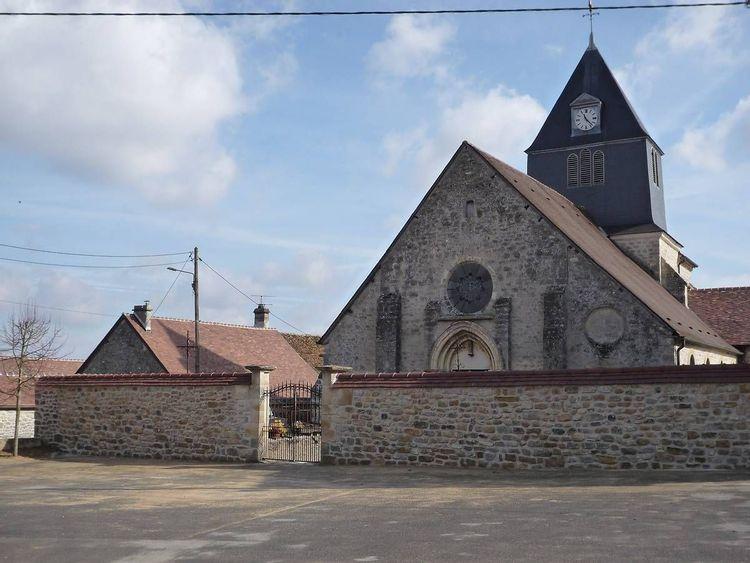 Eglise Saint-Cyr-et-Sainte-Julitte de Guyencourt