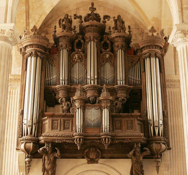 Orgue de l'église abbatiale de Saint-Mihiel en Meuse