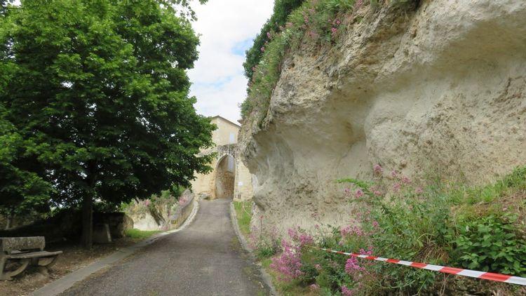 Les remparts de Valence-Sur-Baïse